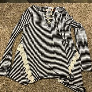 navy blue & white striped top with hood